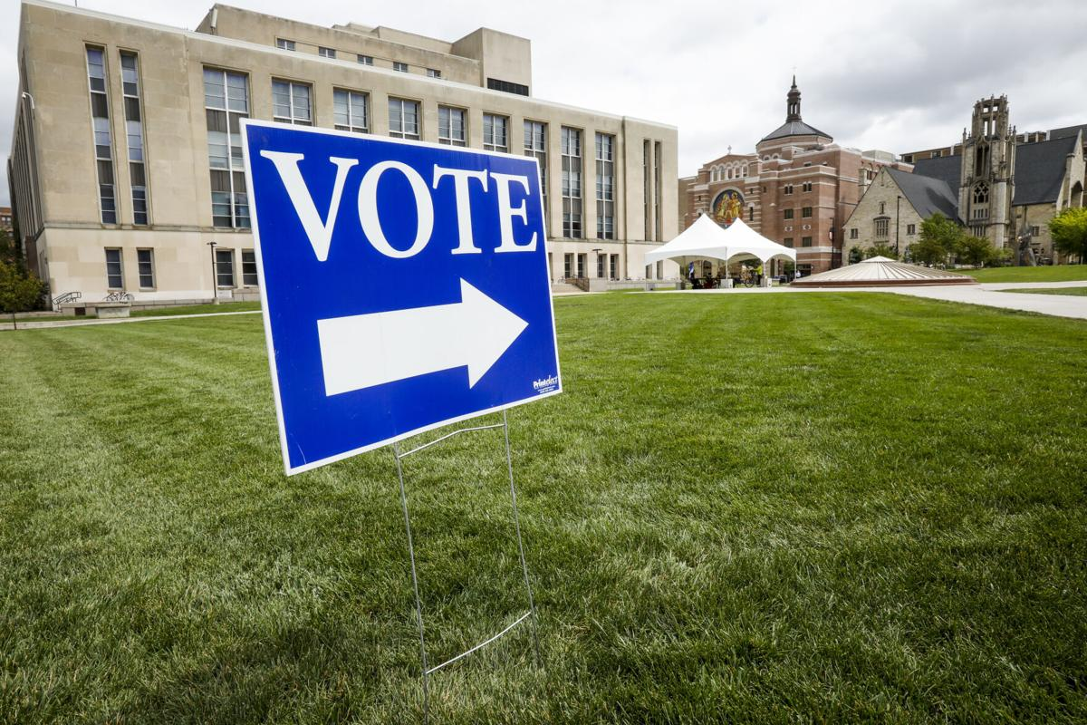 Vote sign on Library Mall