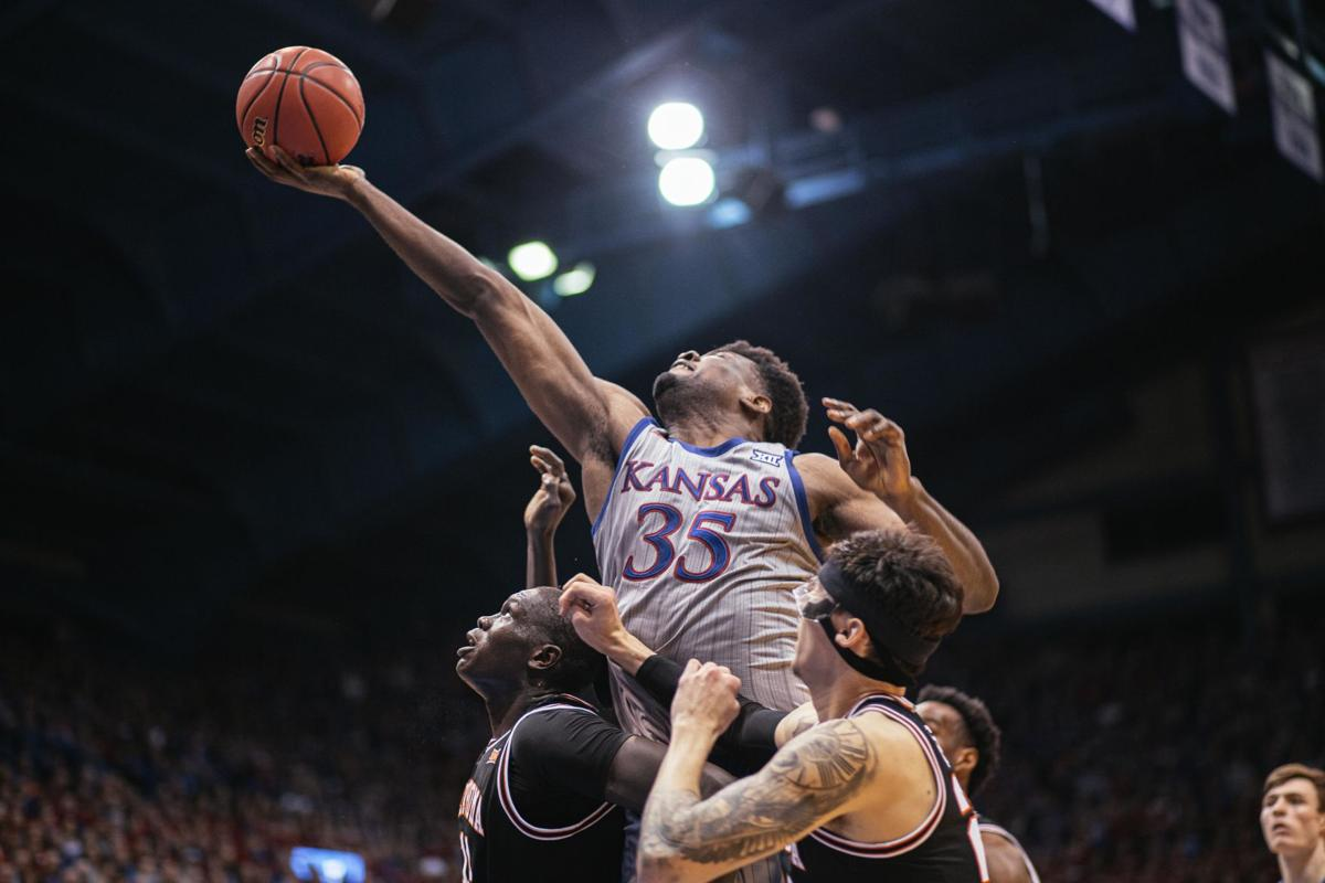 Men's Basketball vs Oklahoma State.jpg