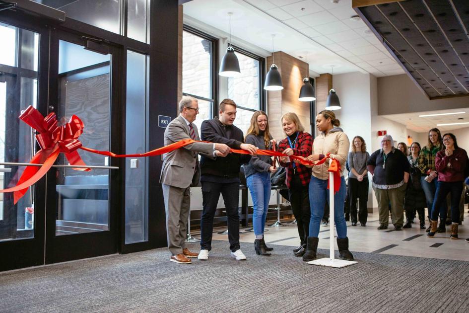 Newly Renovated Stauffer Flint Hall Celebrates Grand Reopening News Kansan Com