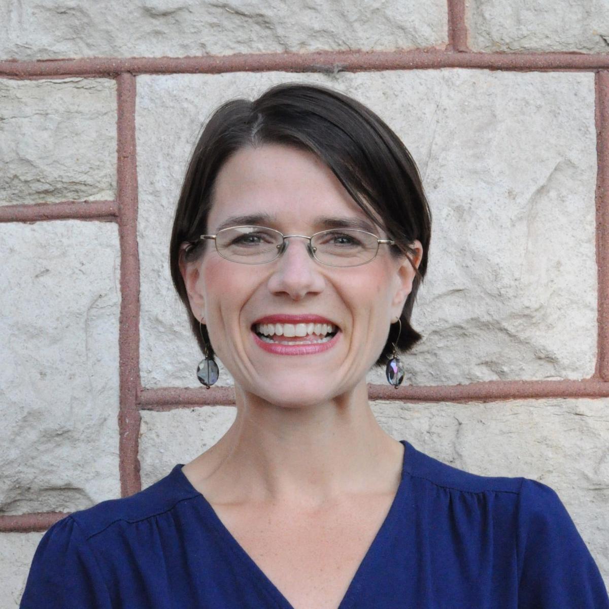 Melinda Lewis