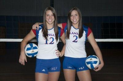 Identical Wehrs Twins Play Different Roles For Ku Volleyball Sports Kansan Com