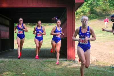 Women cross country runs in the Bob Timmons Classic