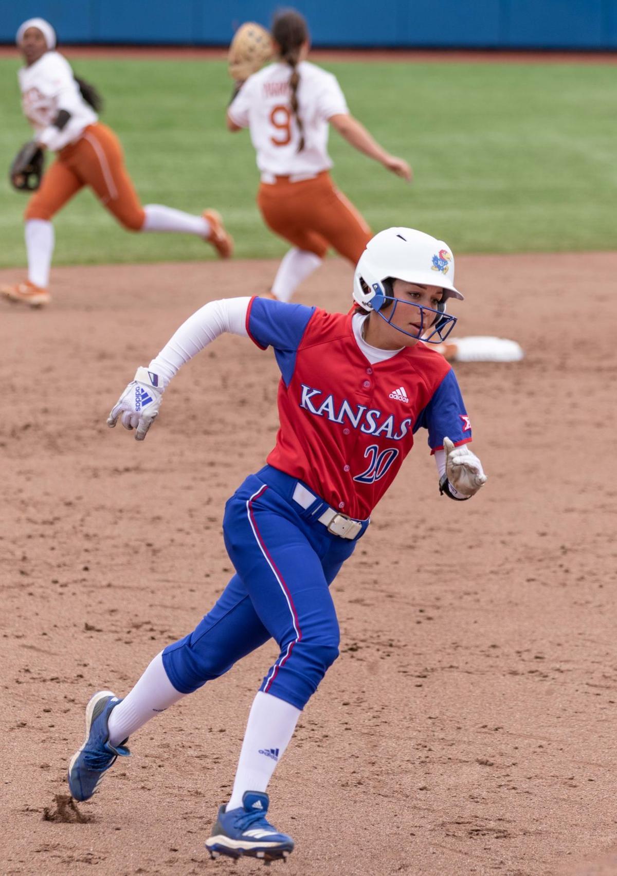 Softball vs. Texas-8.jpg