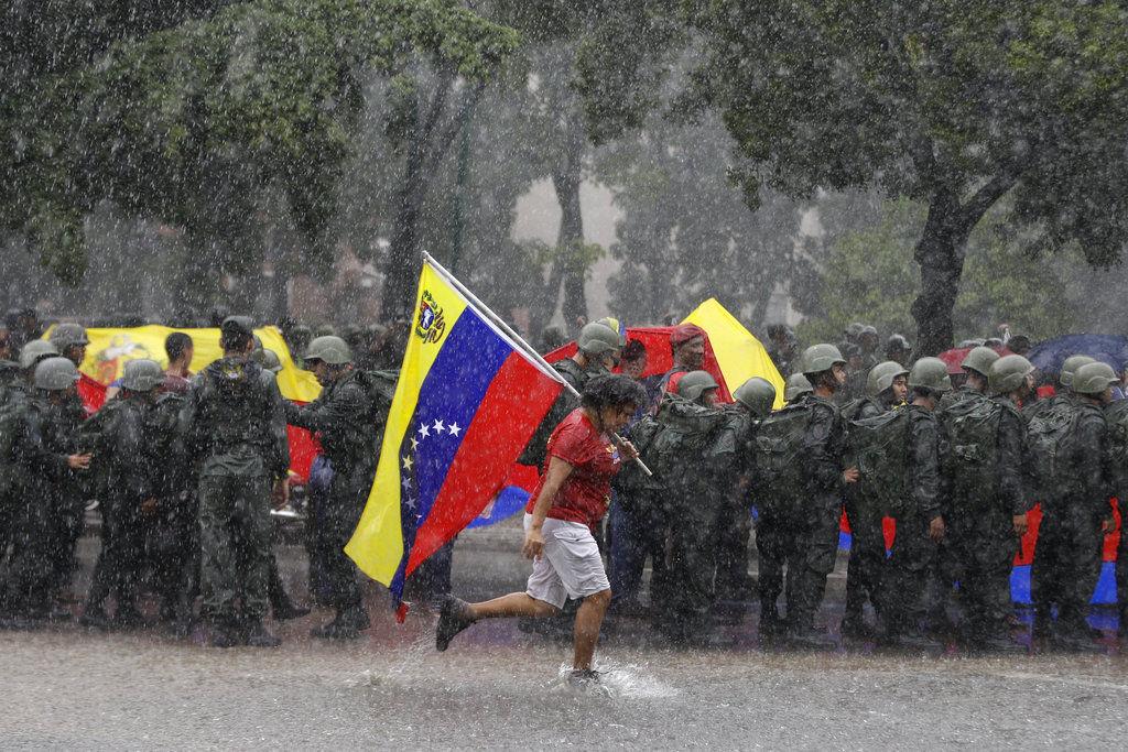 China condemns unilateral United States  sanctions against Venezuela