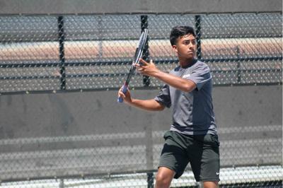 Kaufman tennis team splits outcomes in opening weeks