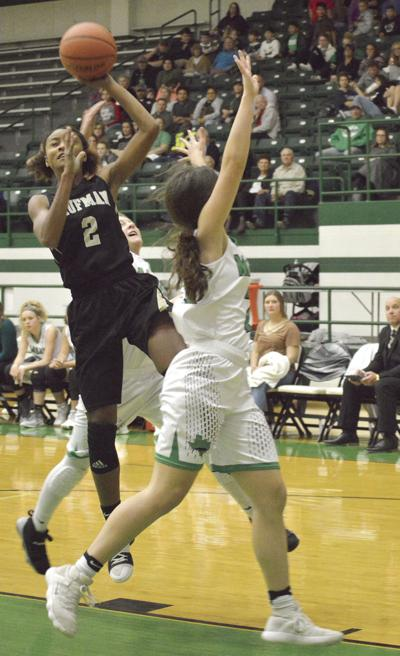Lady Lions face Mabank