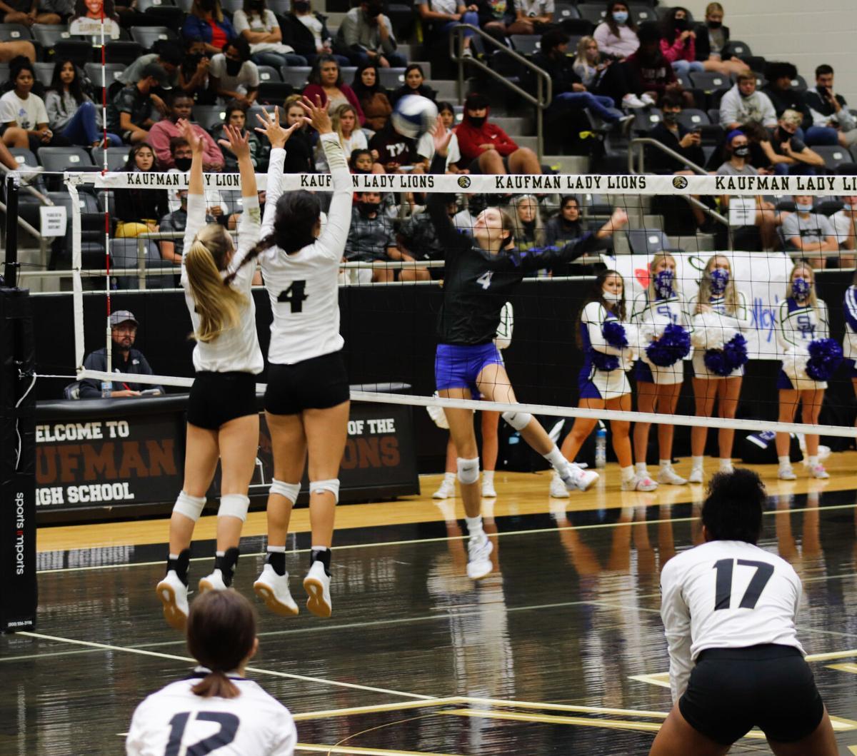 KHS volleyball blocks