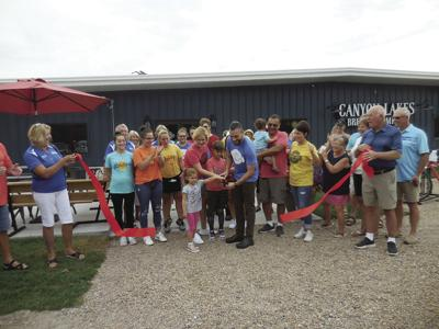 Canyon Lakes Brewing Company holds grand opening ribbon cutting