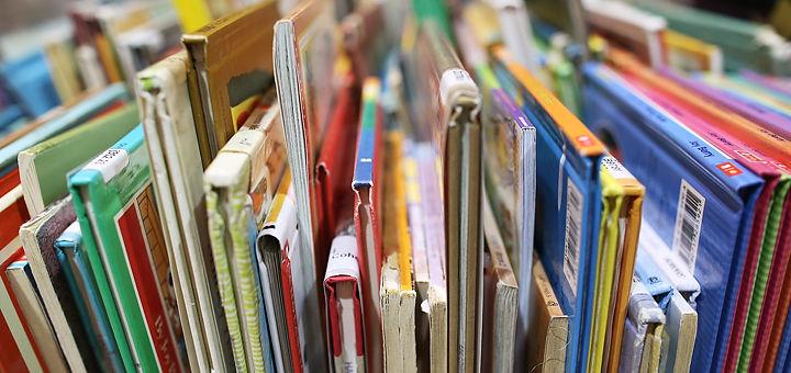 Library books teaser