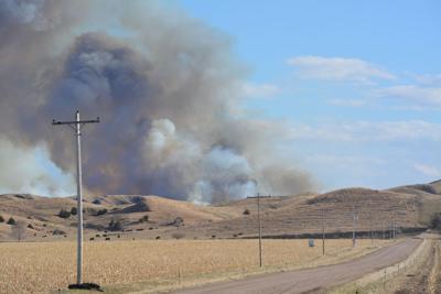 Brady area grass fire burns over 850 acres