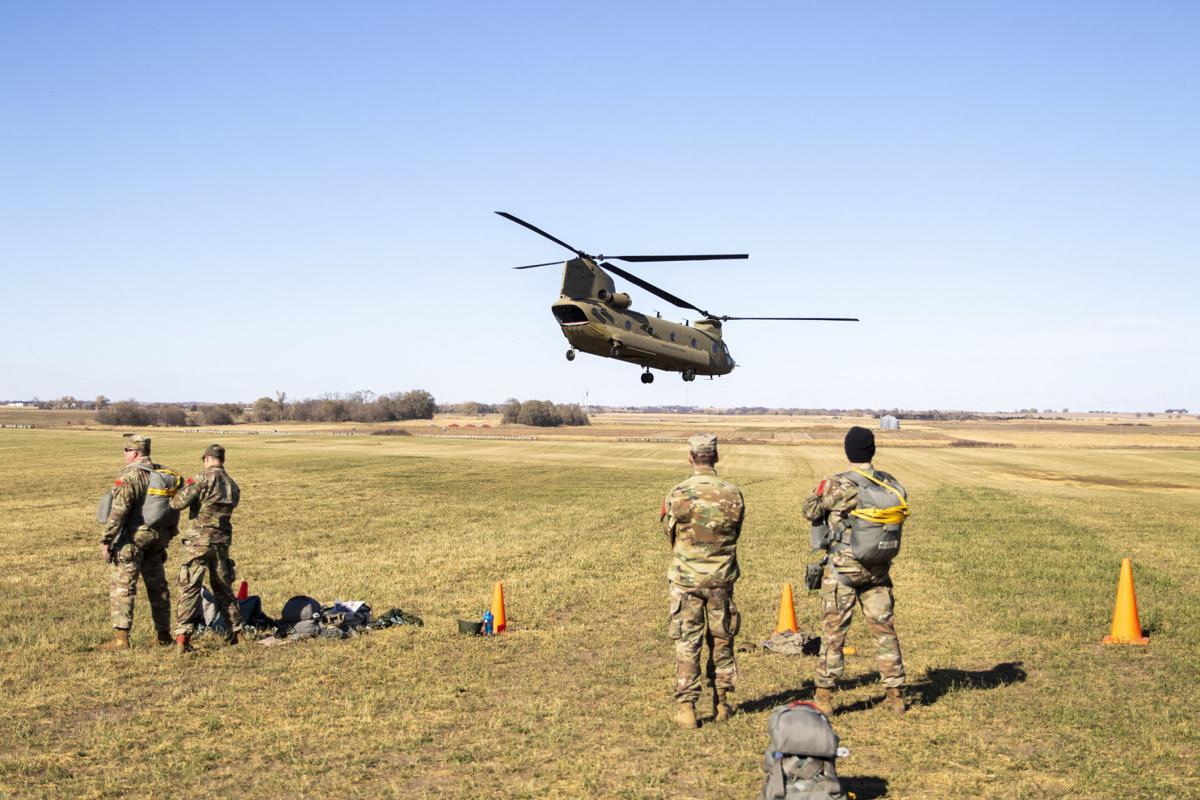 7-Chinook lift off