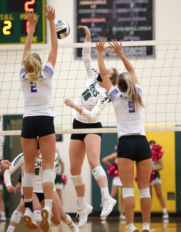 Photos Kearney Catholic Vs North Platte Volleyball Sports Kearneyhub Com