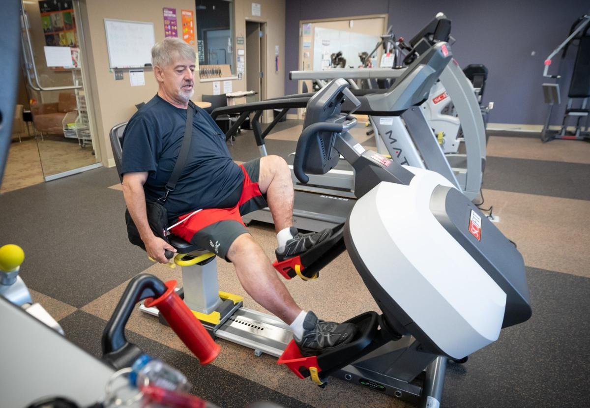 Fighting for a heart transplant, Omaha man drops 140 pounds in one year and quits smoking