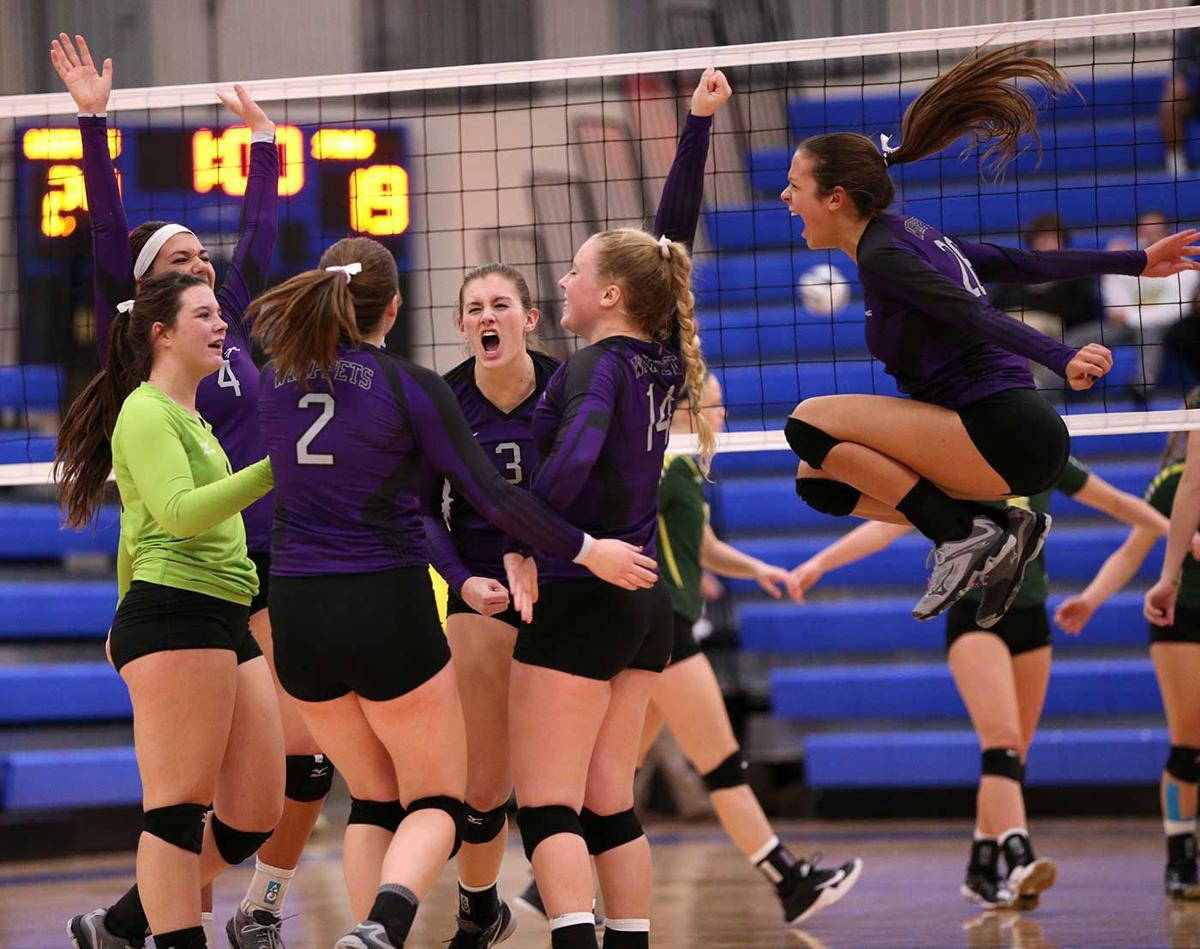 Minden Ends Kearney Catholic S 12 Year Run In Class C1 With Impressive Sweep Advance To District Final Kearney Catholic Kearneyhub Com
