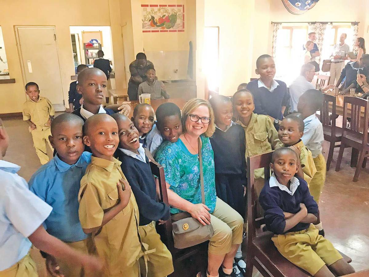 Renae Olson and kids