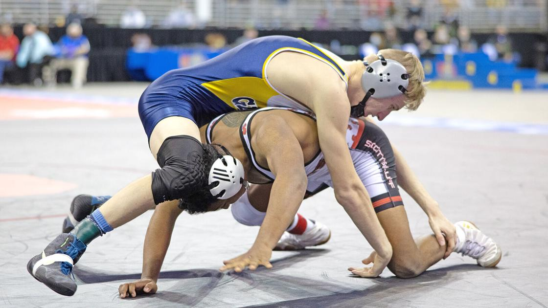 Advocate says NSAA wronged deaf Gering wrestler in state finals match
