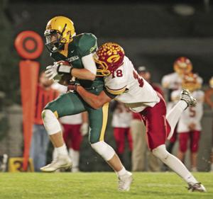 Gothenburg stuns Kearney Catholic, 21-20