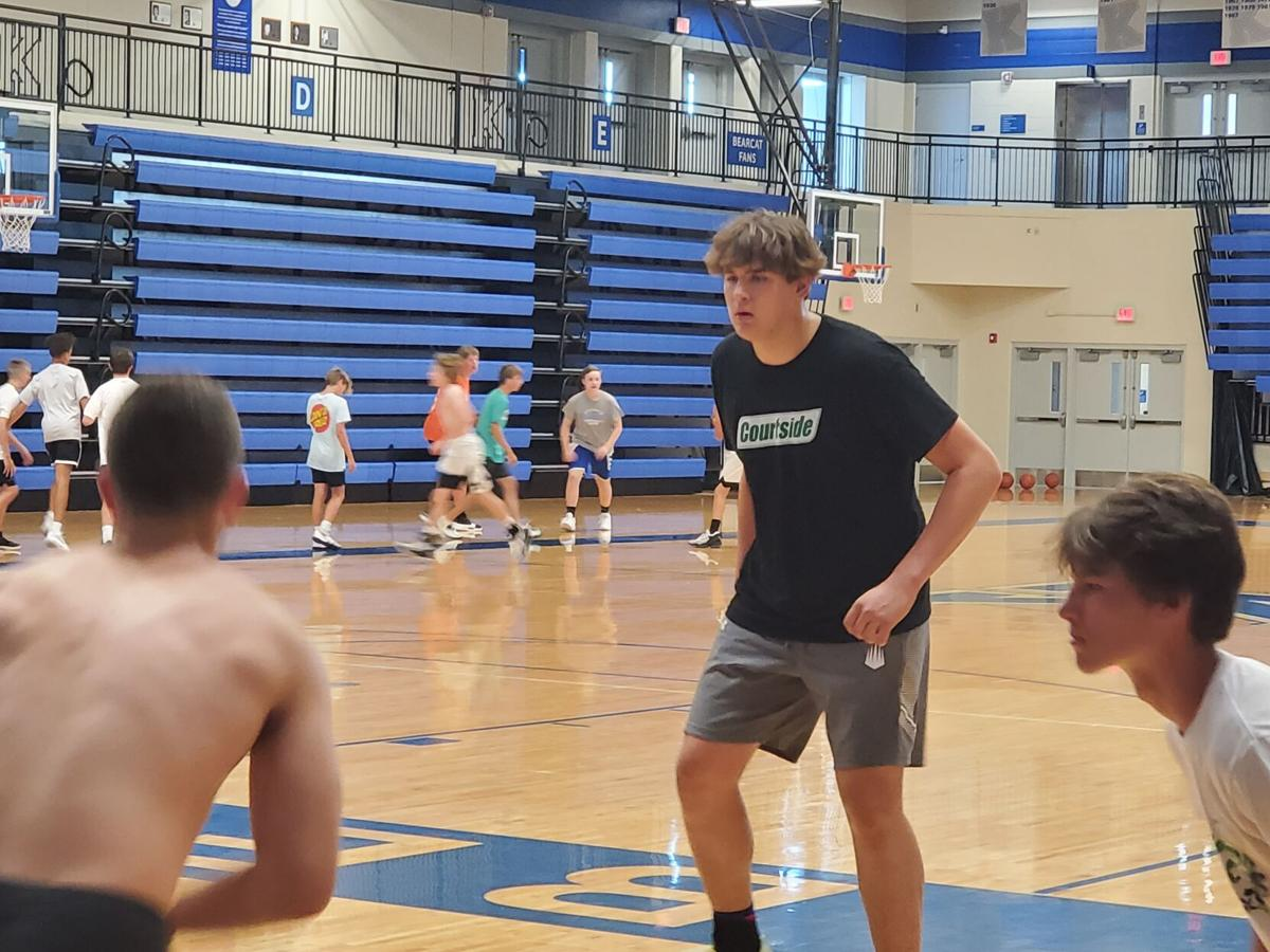 Gus Yalden practicing with KHS