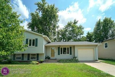 3 Bedroom Home in Grand Island - $185,000
