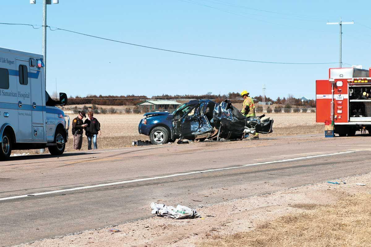 Teen injured in 3-vehicle crash on Highway 10   Local   kearneyhub com