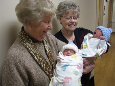 f02b819a7fc Knitting hats for newborns. Artie Hobbs left