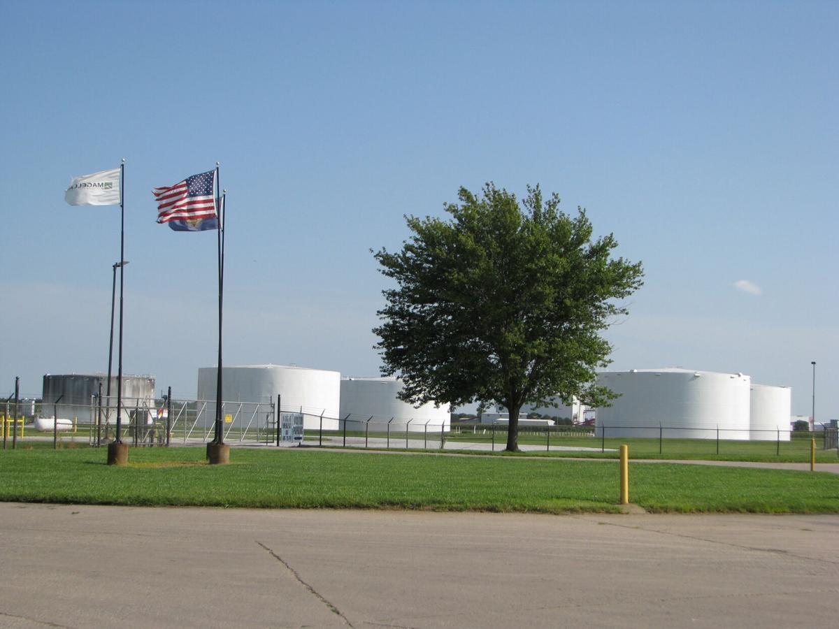 Magellan Terminal (Photo).JPG