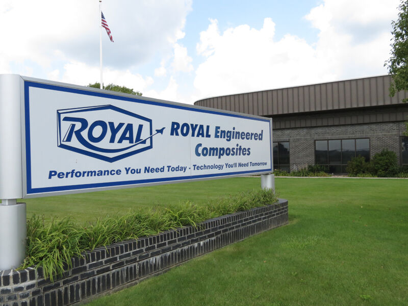 Royal25, sign, building.JPG