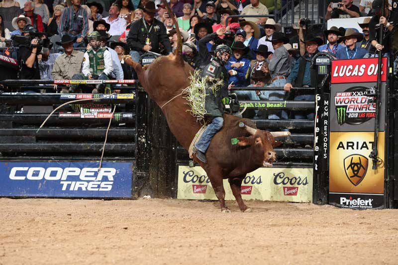 bull rider jose vitor leme credit andy watson bull stock media.JPG