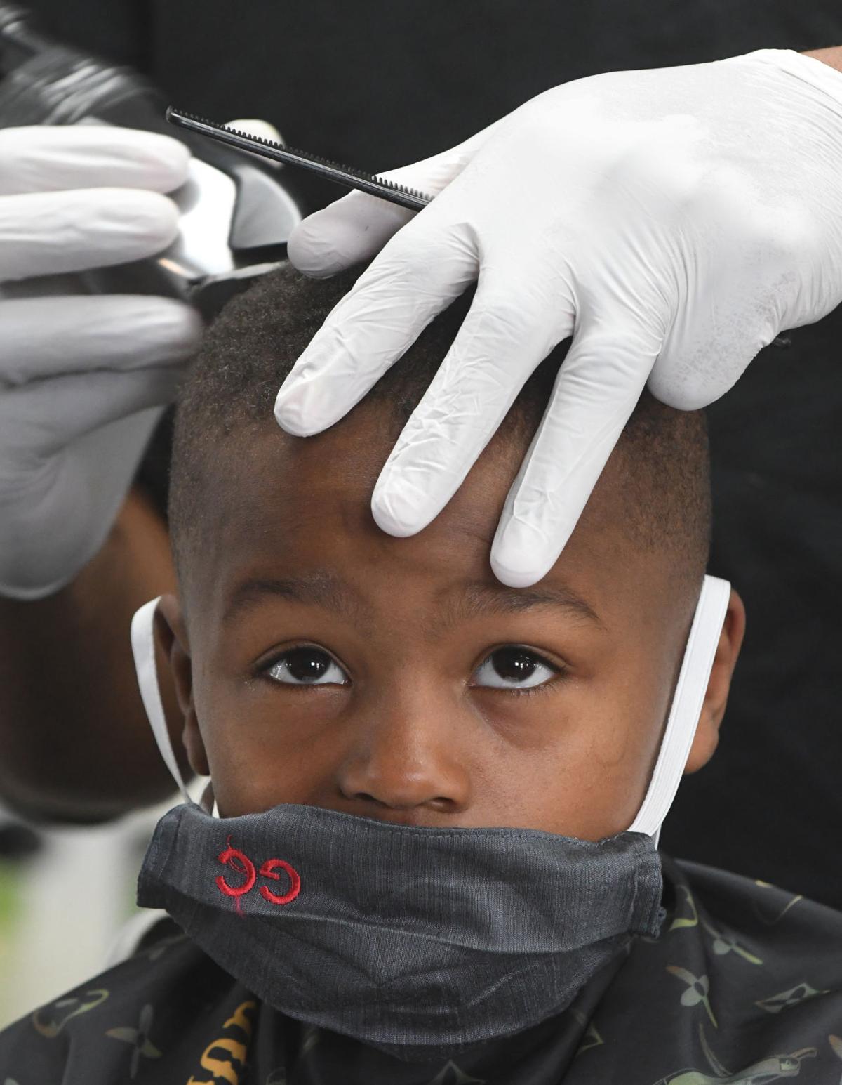 barber Makhai Walker.jpg