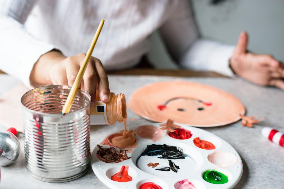 child and paints