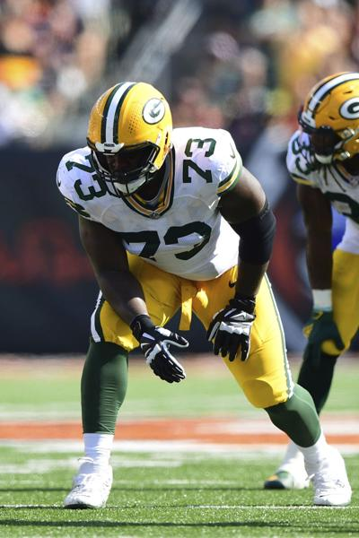 packers notes jump photo