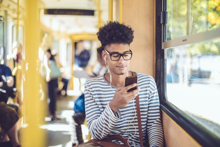 Cell phone insurance is the kind of perk that can benefit both the cardholder and the card issuer.