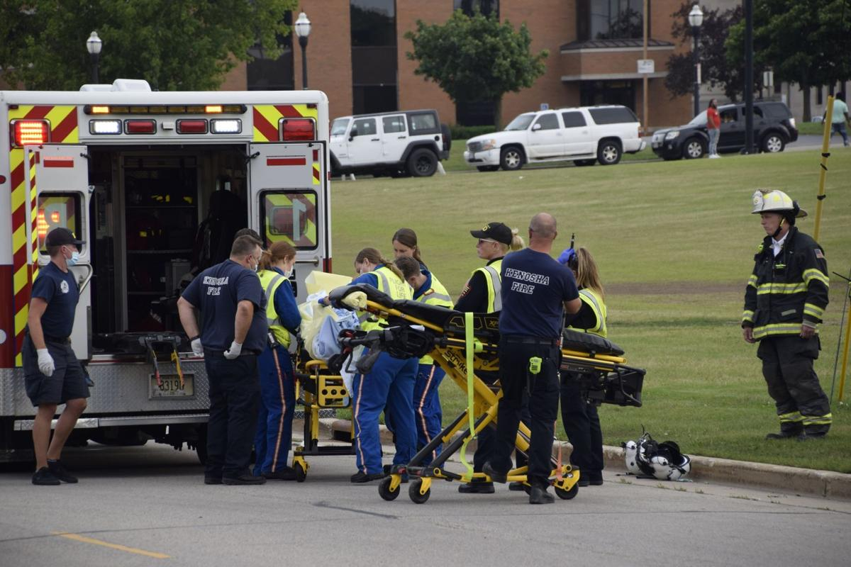 Girl shot after apparent car theft attempt; flown to Children's Hospital