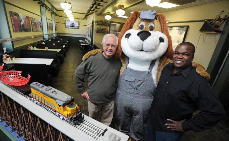 Train Themed Restaurant Opens At Metra Station News Kenoshanewscom
