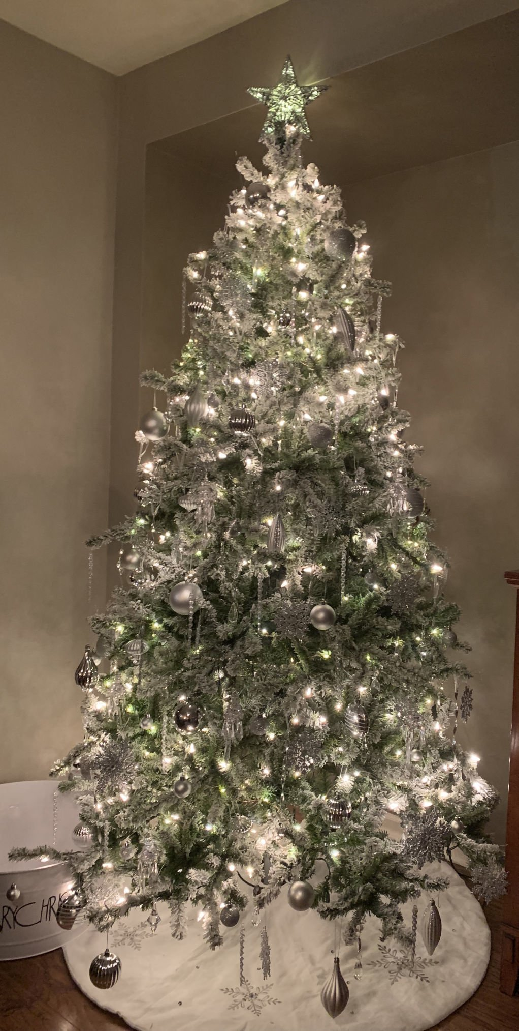 Kenosha News Wants To See Your Best Dressed Tree Local News