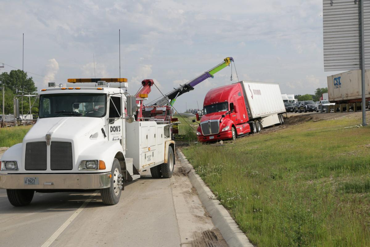 Crashes spike in I-94 work zone, traffic stops 'unsafe for