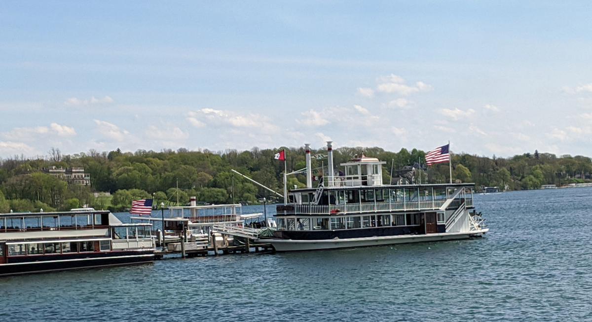 Geneva Lake cruise boat