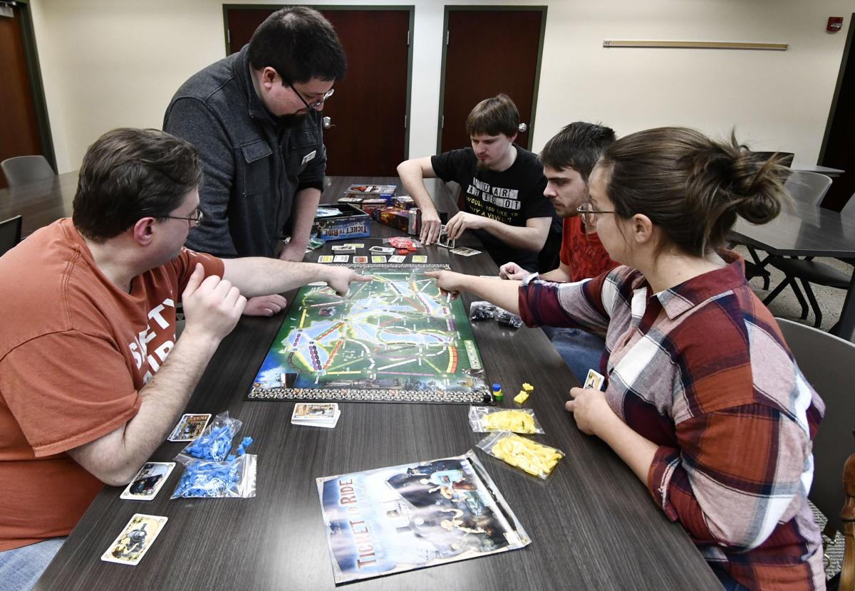 LIBRARY GAME CLUB