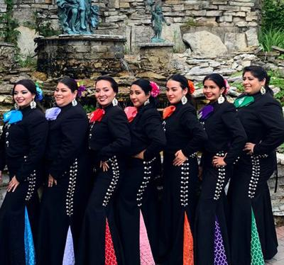 Mariachi Sirenas photo