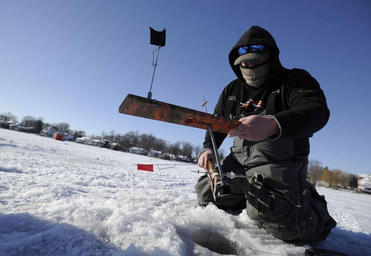 Kd park to host annual 4 h youth ice fishing derby on jan for Ice fishing derby