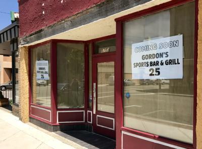 Gordon's Sports Bar & Grill