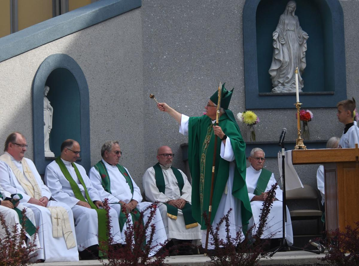 mass blessing grotto-1.jpg