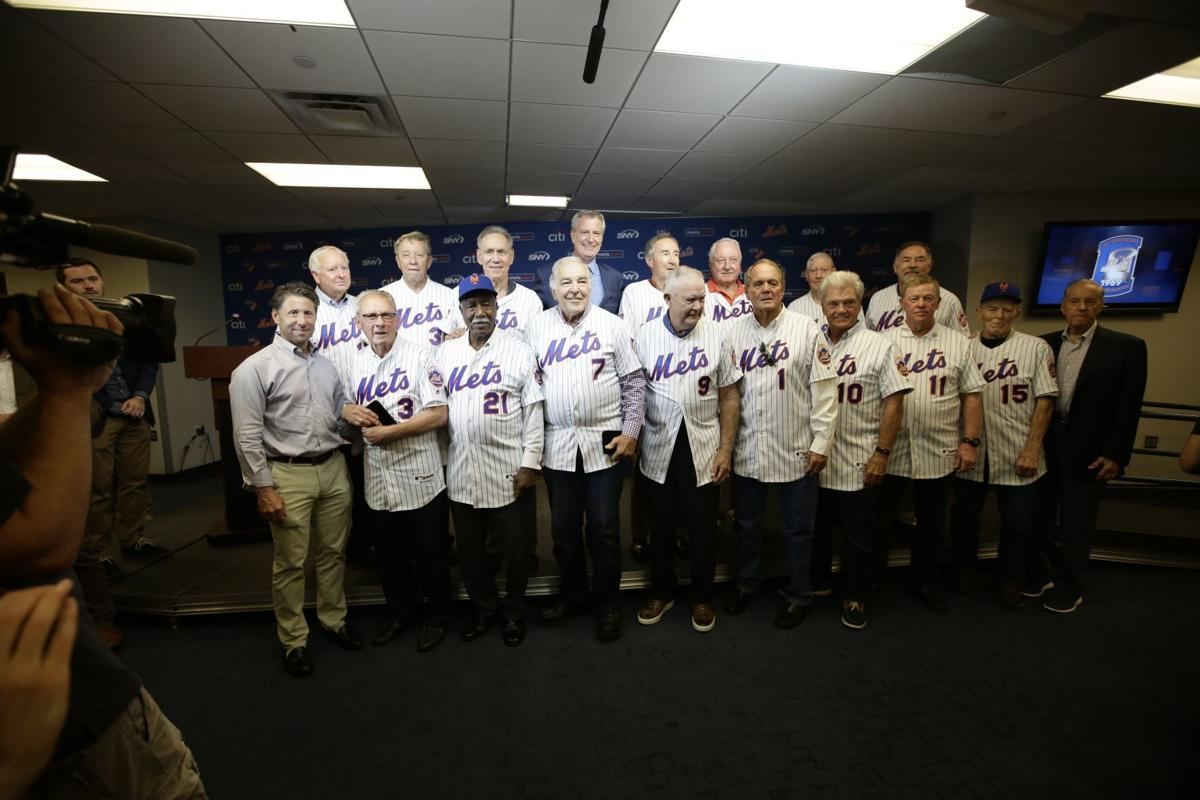 Chicago Cubs look forward to NLCS Game 3 at Wrigley Field after ... | 800x1200