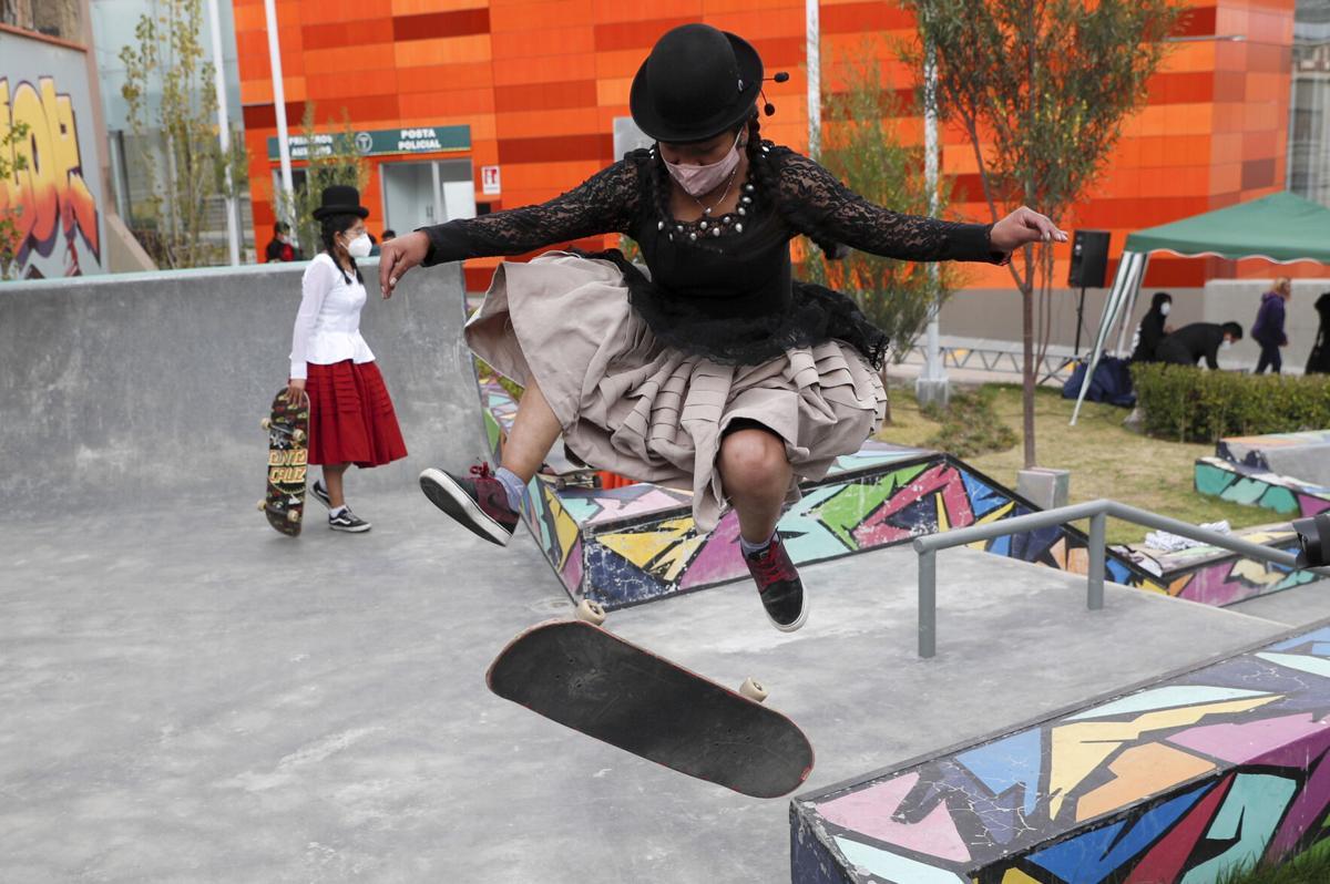 APTOPIX Virus Outbreak Bolivia Skate