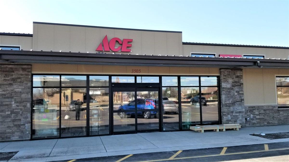 South Side Ace hardware store opens