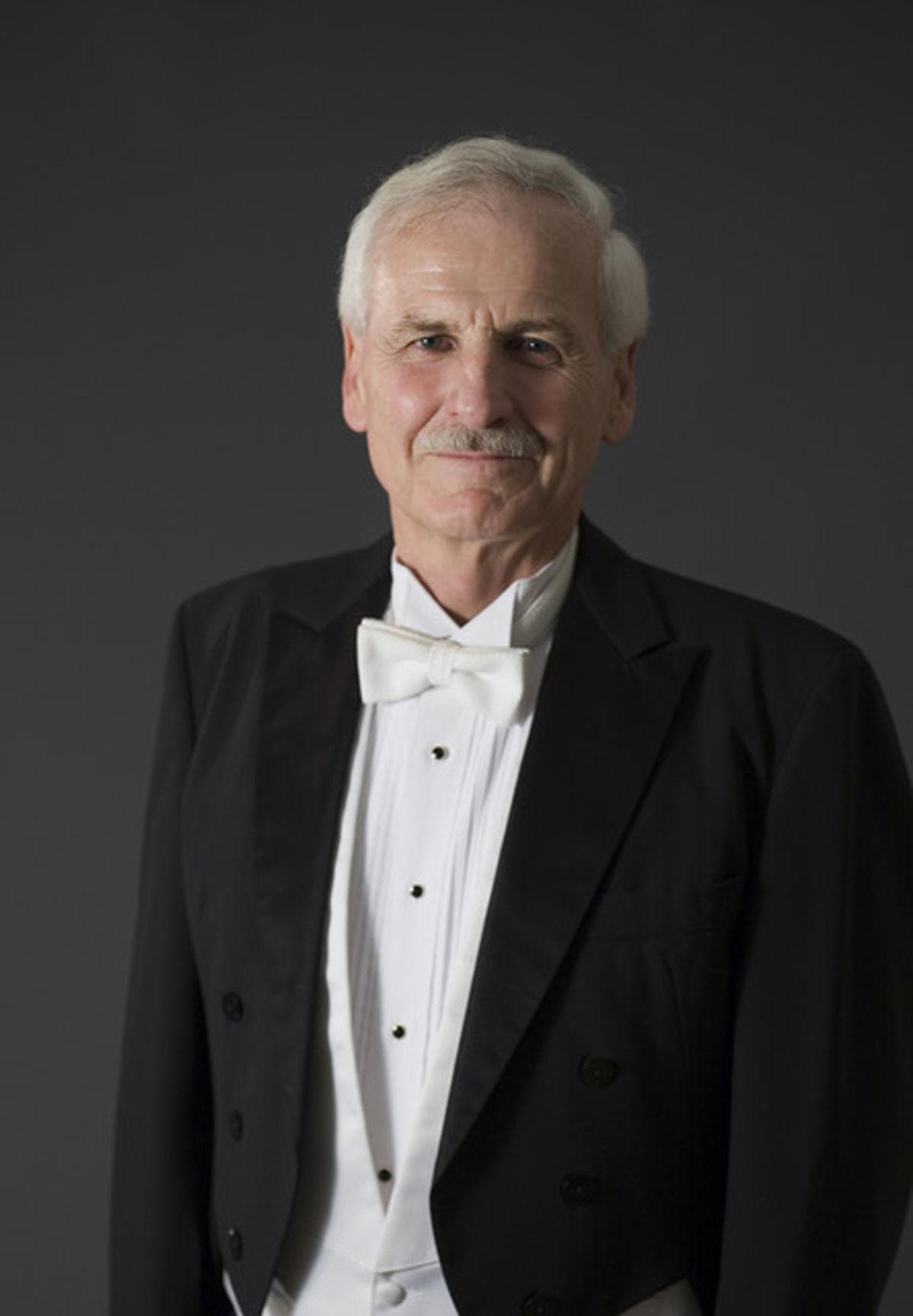 Conductor Ray Cramer
