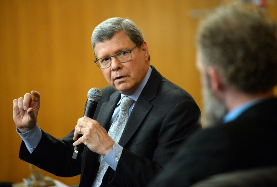 Conservative pundit shares views on overcoming partisan politics at UW-Parkside event
