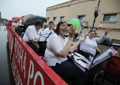 Pops Band in rainy Civic Veterans Parade 2019