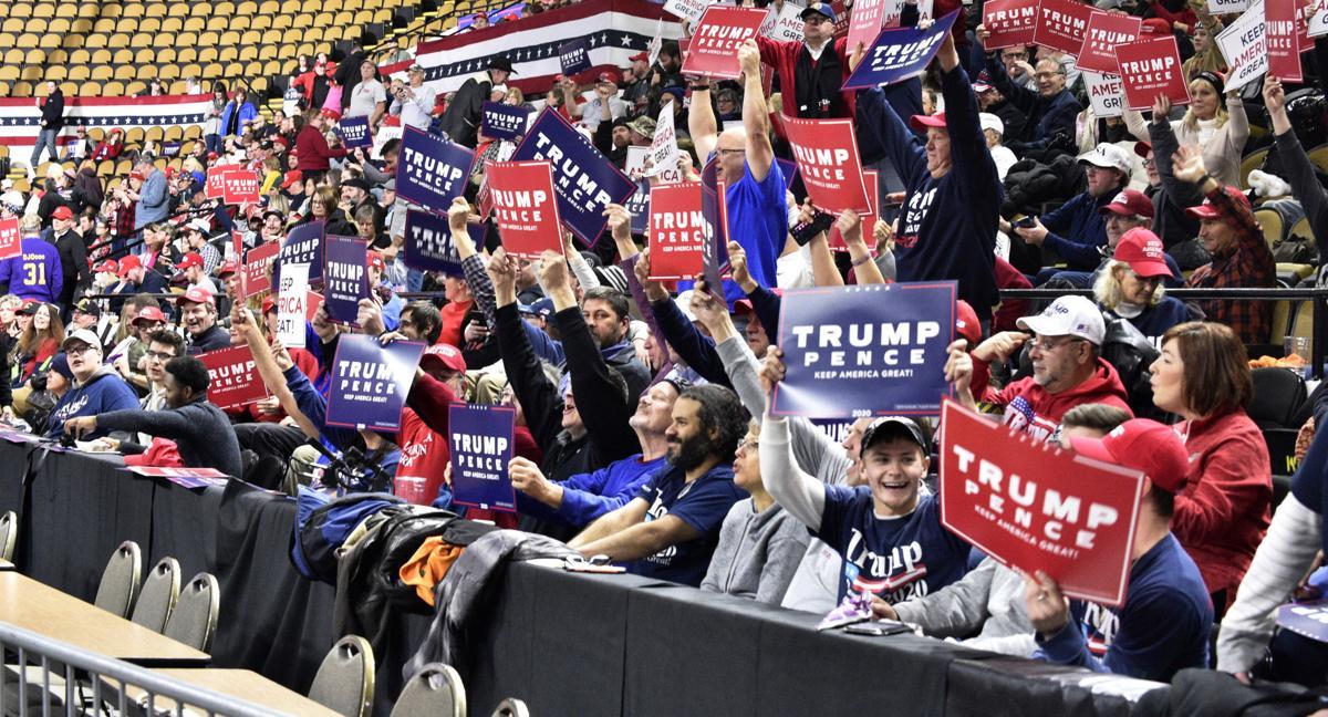 trump rally signs 2.jpg