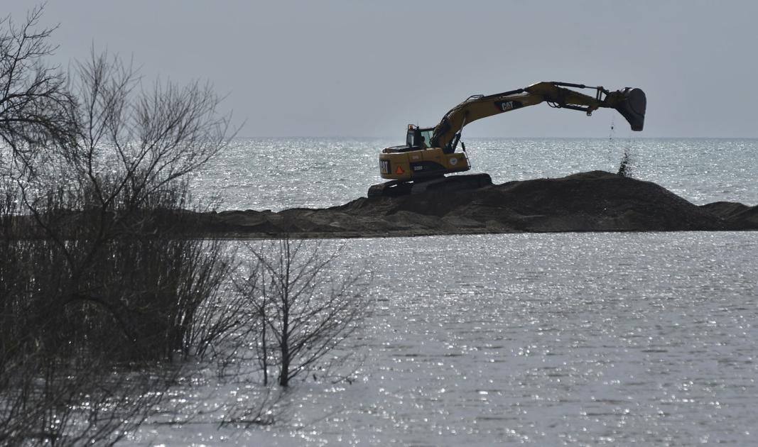 Crews work to restore mouth of Pike River